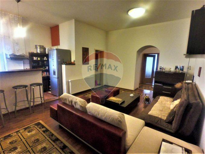 Apartament de 3 camere