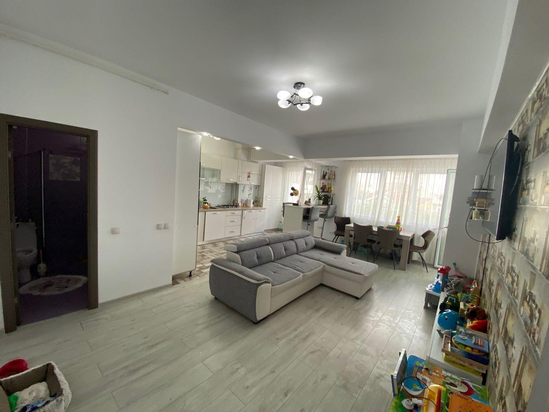 Apartament 3 Camere – Mihai Viteazu